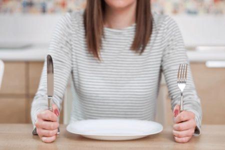 ファスティング中の空腹に耐えきれなくなった場合の対処法